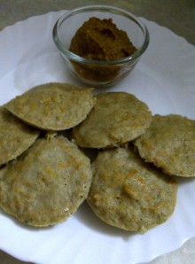 Carrot and Cabbage Bajra Idli with Tomato-Ginger Chutney
