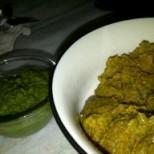 Muthiya with green chutney