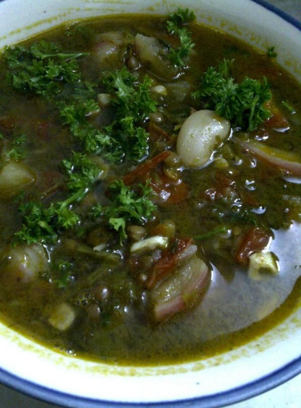 Aromatic Bean Broth with Radish
