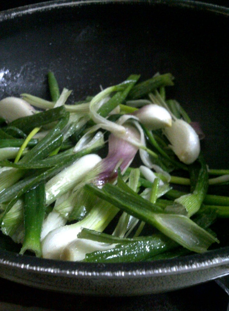 Green Noodles - Add the Spring Onions