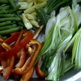 Vegetables for Green Noodles, The Indo-Chinese Way