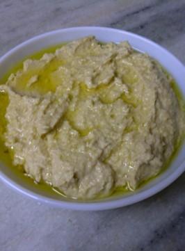 Homey Hummus