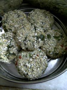 Uncooked Green Pea & Kohlrabi Cakes