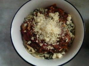 An Incredibly Easy Tomato Sauce for Pasta