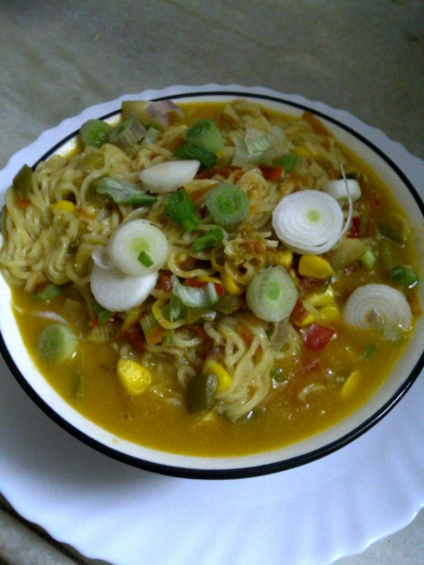 Healthy Maggi Noodles with Vegetables