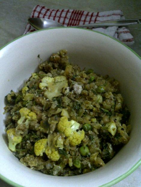 Red Rice Pohe with Cauliflower & Green Peas