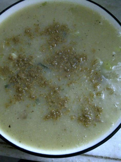 Seedy Cauliflower Soup