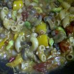 Non-dairy Creamy Pasta with Oats, Mushroom & Avocado