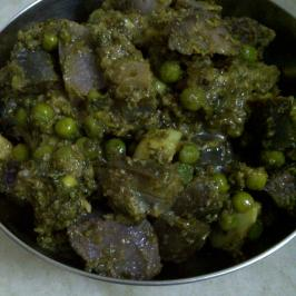 Purple Yam, Aubergine & Green Pea Curry