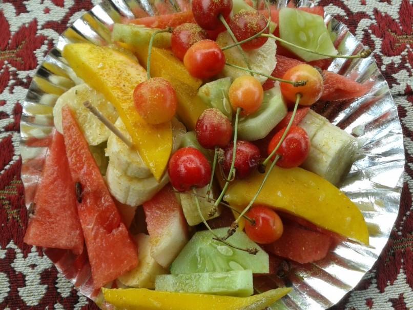 Kashmiri Fruit Plate