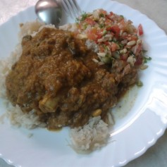 Mutton Dhansak with Brown Rice & Kachumbar