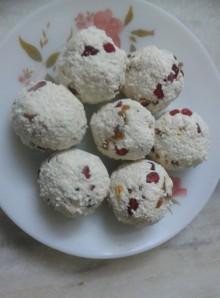 Pomegranate Studded Paneer Balls, The Sugar Free Way